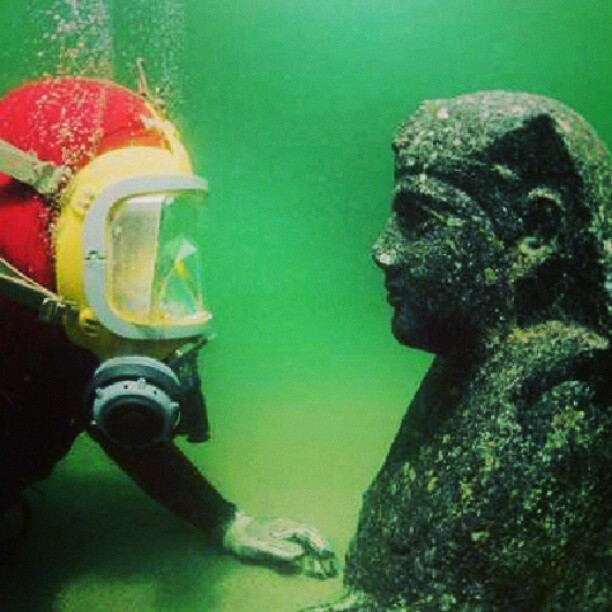 underwaterwow:  I have to do this. #scubasteve #ancient #egyptian #sculpture #alexandria #egypt #underwater #museum #photooftheday by lord__mike http://instagr.am/p/VLgfSsrG30/