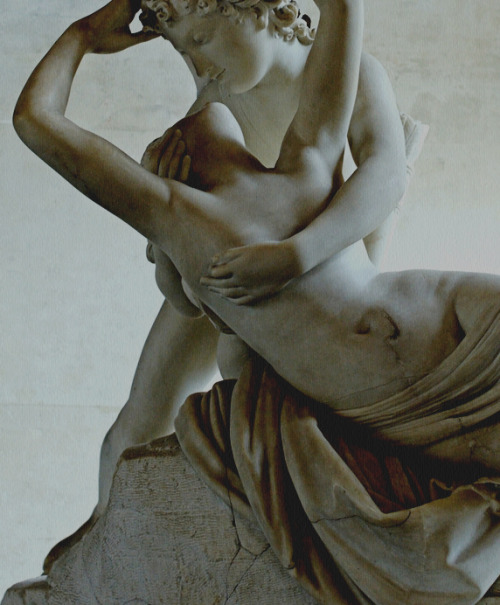 vermillons:  Psyche revived by Cupid's kiss, Antonio Canova, details.