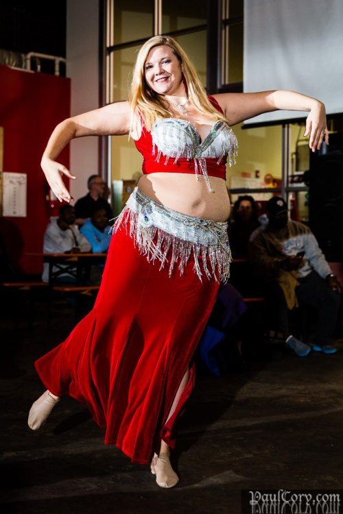 this-is-not-belly-dance:  saraia:  Andalee  This is belly dance!