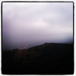 heavy marine layer moving in #sunset #runyoncanyon #tuesday #losangeles #la