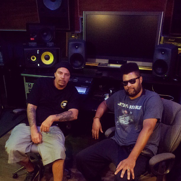Just finished an all day studio session w/ @Dj_Muggs at @iconcollective - BIG things comin' #BassMusic #edm #trvp #100bpm #drumstep #dnb #hiphop #EP #Album #dowork #livingthedream #Legend #Bucketlist #musicproduction #Logic #djmuggs #cypresshill #sdf1 #dirtydeeds #igers #instabass #instadaily #music #life #1love #Bless (at Icon Collective)