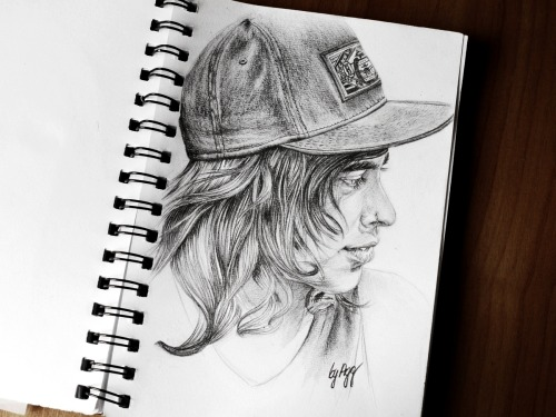 the-absolute-best-posts:  aggsart: Vic Fuentes (Pierce The Veil)