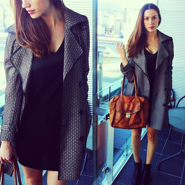 Sunday outfit 💜☀ Jacket & bag #ASOS Dress @glassons  Boots #Tonybianco