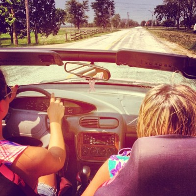 #music blAsted + country #roads + heading to the #BEACH 🎵SHOOP🎵 @jrjrbigdealdaws @jrbigdealdawson  (at Beach Road Park)