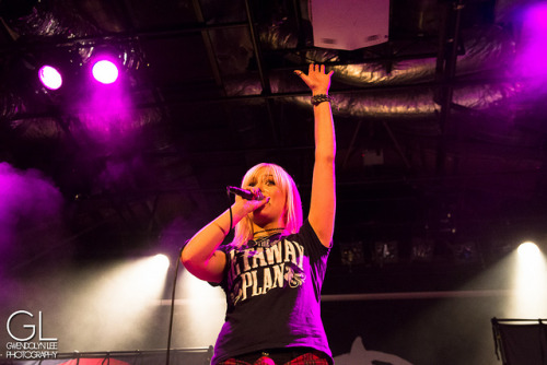 tonightalivedaily:  Tonight Alive (by Gwendolyn Lee)