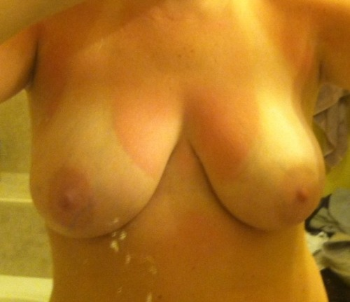 sexysouthernslut:  Got a follower yay. So the girls are out.