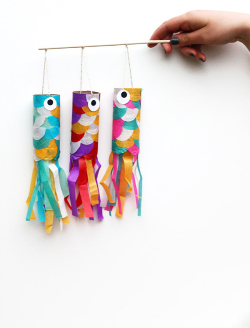 Koinobori Flying Carp {How to} Found at: squirrellyminds