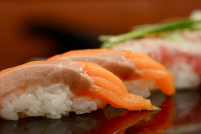 寿司 sushi by Roberto Maxwell on Flickr.