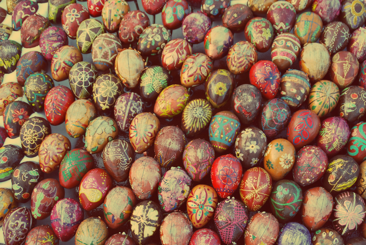 mukadventurous:  Easter eggs sculpture near Kiev's Pecherska Lavra, Ukraine