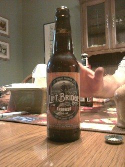 Lift Bridge Brewing Company Crosscut Pale Ale @ Mom and Dad's