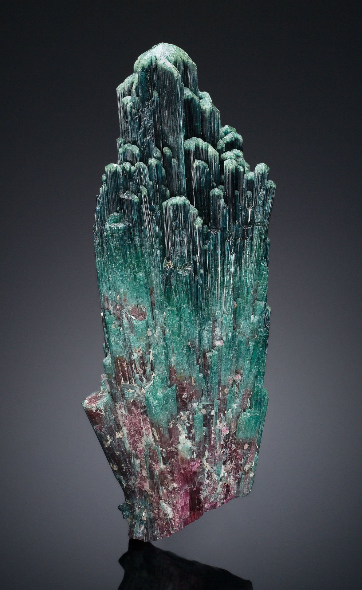 mudwerks:  (via TOURMALINE. Sapo Mine, Ferruginha, Conselheiro Pena, DoceValley, | Lot #87085 | Heritage Auctions)