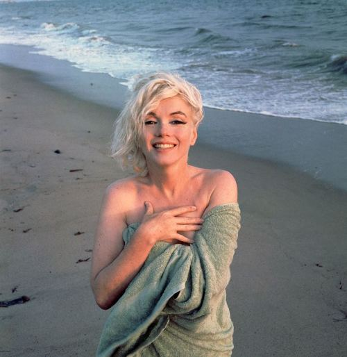 against-fascism:  Marilyn Monroe by George Barris, 1962.