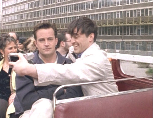 shelikestheboysintheband:  i am joey and chandler is my friends