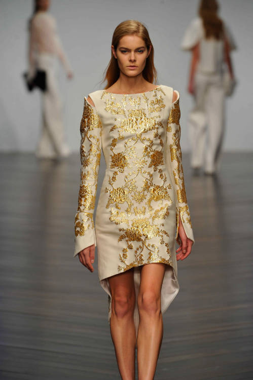 A stunning gold and cream jacquard dress from #Osman #LFW