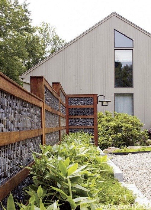 cabbagerose:  outdoor retaining wall via: jeanineponte