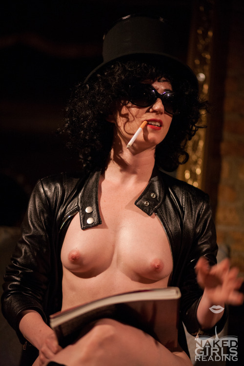nakedgirlsreadinghq:  Naked Girls ROCK in Chicago May...