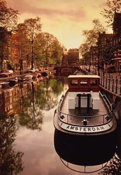 keepcalmandtraveltheworld:  Amsterdam, Netherlands