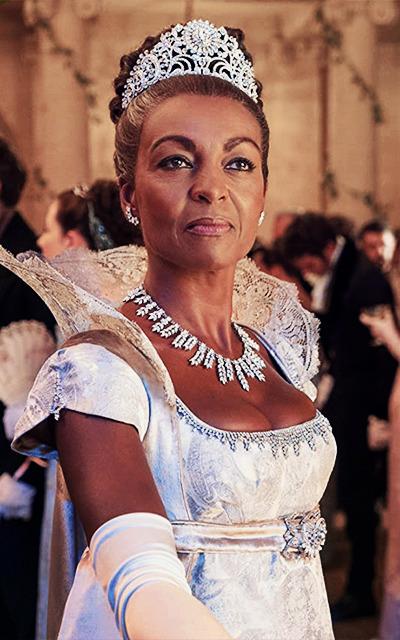 Avatars 400x640 Adjoa Andoh, in Bridgerton #400x640#adjoa andoh#bridgerton#lady danbury#avatars#avatars 400x640 #fc: adjoa andoh #19e siècle#19th Century#woman#poc#age: 50s#crown