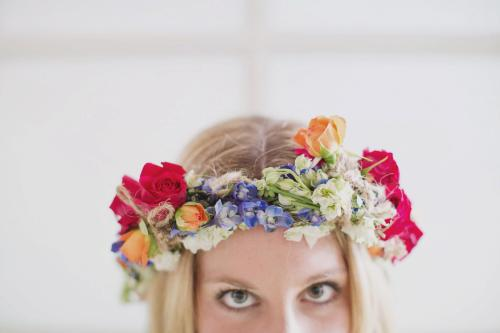 I'd wear flowers in my hair every day, if I could  Photo by Jesse & Whitney of Our Labor of Love Floral Hair Garland by Little Flower Shoppe in Woodstock, VT