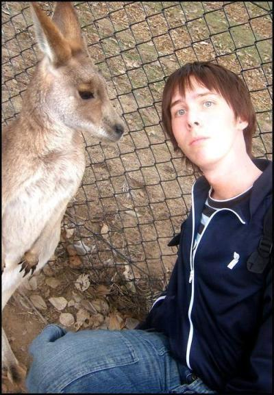 amazingphil:  I think this is still the best photo ever. That kangaroo wants my blood!