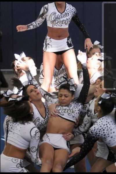 cheerbeers:  Those awkward action shots
