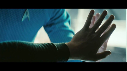 "taninu:  Star Trek: Into Darkness      ""Is there anything you would not do for your family….?"""