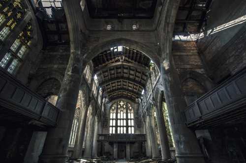 abandonedography:  Abandoned church in Gary, Indiana by 5isalive