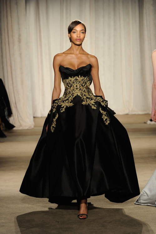 The ethereal @MissJourdanDunn looking gorgeous in this gown from @MarchesaFashion