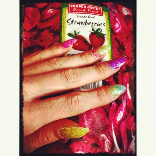 #Mmm #Yummy #HealtySnack #PotHead #PointedNails #TraderJoes (at http://DownloadJaylaStarr.com)