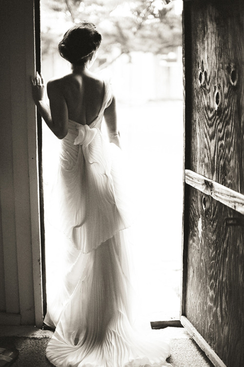 bride2be:  pleated Vera Wang gown and a classic updo; photo by Nancy Neil