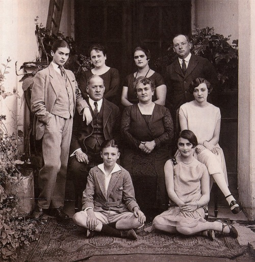 mabisthequeen:  The Kahlo family portrait. Frida (pictured far left in suit) would've been 19 at the time.