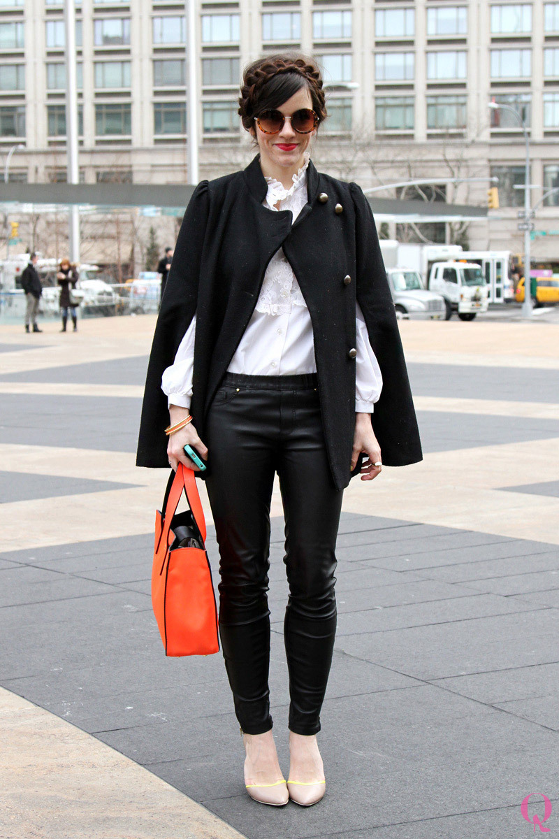 """Have you bookmarked Love Taza's blog yet?! Naomi Davis and her family are one of the cutest we've come across on the blogosphere. We were excited to catch her in person at New York Fashion Week. Her personal style tip? """"Be yourself."""" Sounds a bit like our motto, """"Be yourself. Be different."""" :) See more NYFW Fall 2013 street stylehereand shop the styles. Photo: Jean Song Shop the most extraordinary boutiques in the world!"""