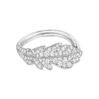 thejewelryvault:  Creator: Mimi So Stone(s): Diamond Carats: .55 Metal: White Gold Source: Betteridge