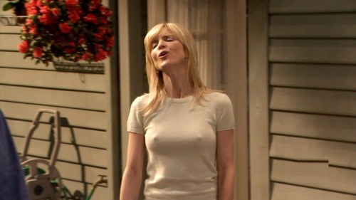 Courtney thorne-smith nipples