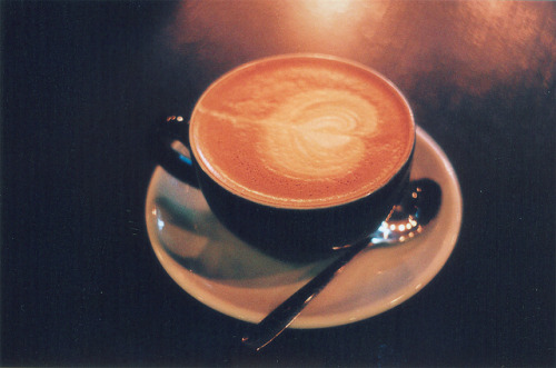 theillinois:  Cappuccino by remizova on Flickr.