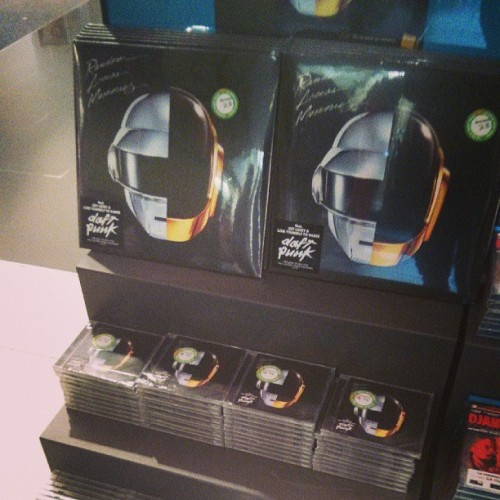 And the vinyl has been bought. #randomaccessmemories