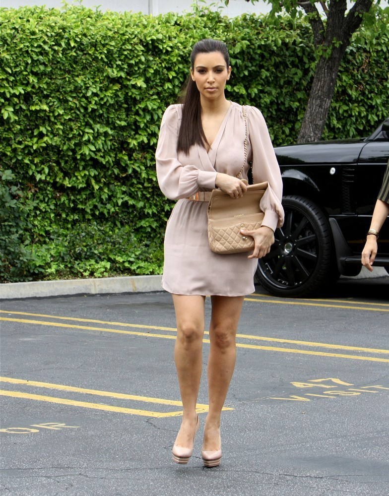 March 23, 2012: Kim going to a meeting in Woodland Hills.
