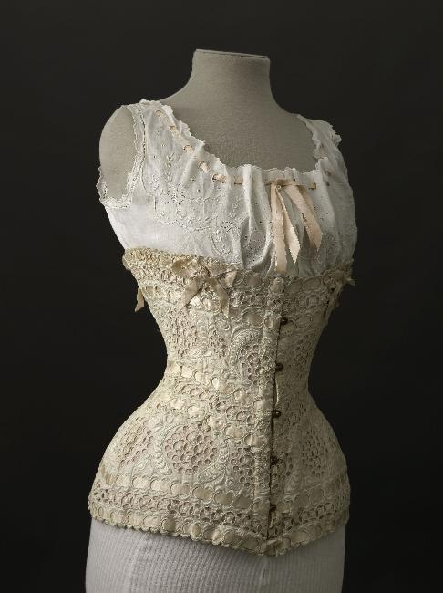 fripperiesandfobs:  Corset, 1900 From the Musee Galliera