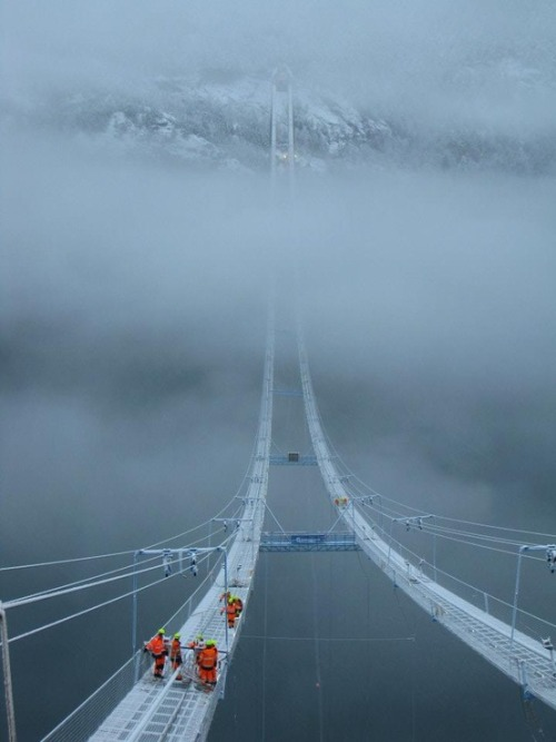 vurtual:  The Norway Sky Bridge (by newwonderfulphotos)