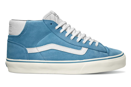 Vans Cali Collection | Suedes Pack Spring is near, and Vans has a fresh collection of kicks to begin the season with.  The Mid Skool '77 CA comes in two colorways while the Era 59 CA comes in three Pig Suede variations.  The Suedes Pack is available along with many other shoes and items in the Cali Collection, so be sure to browse through them. [Via SneakerFreaker]