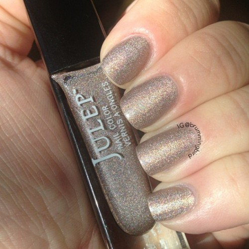 "truthteller:  @julepmaven ""Ginger"" has a great formula that is opaque in 2 coats. It's a weak neutral colored holo. #dailydigits"