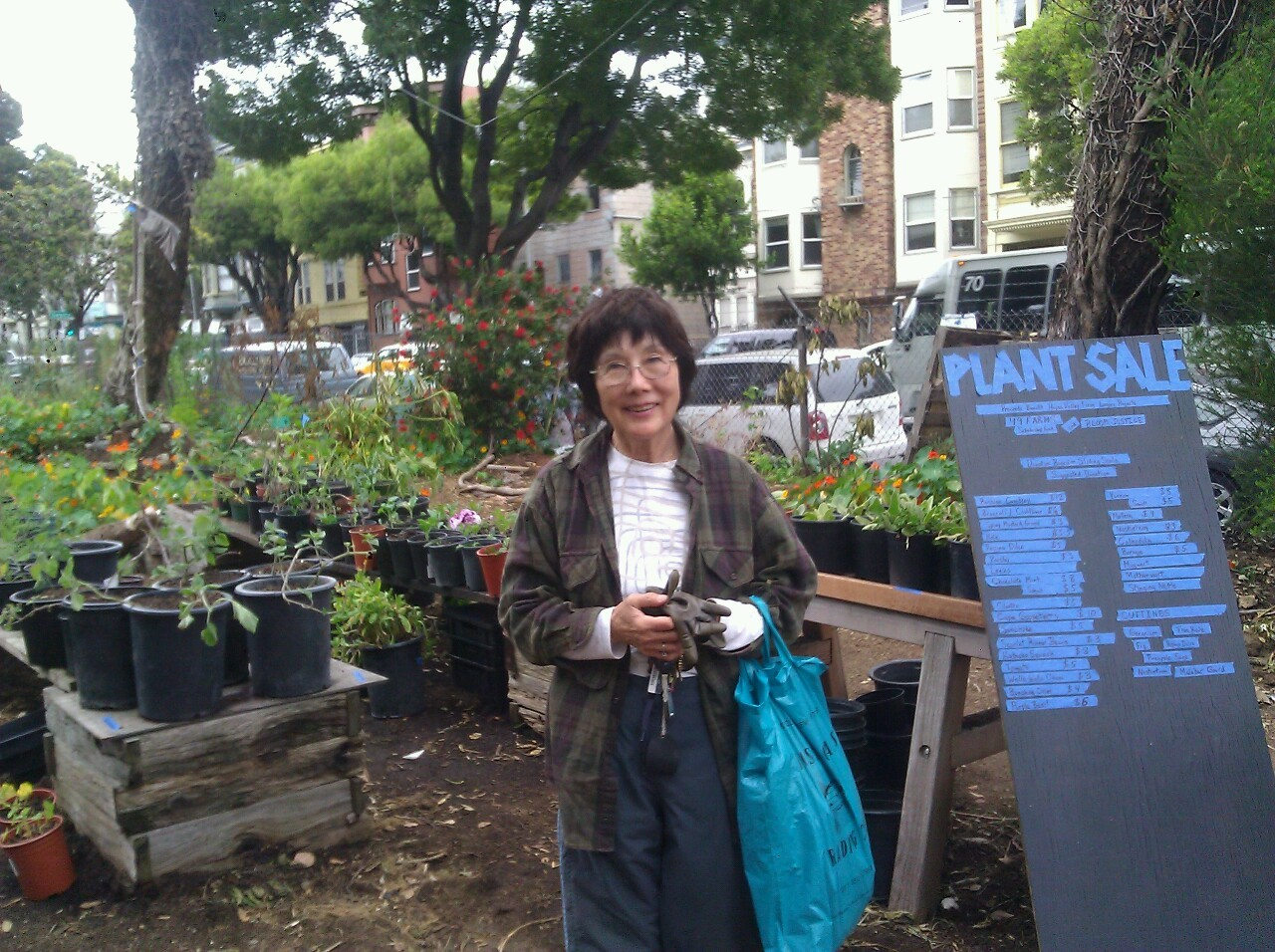 Yukie has led volunteer harvest and garden maintenance projects for years. Thank you for all of your help!