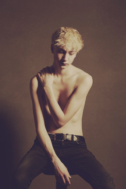 boysbygirls:  Beautiful portrait series of Jasper at Elite Models London photographed by Cecilie Harris. Jasper is wearing Tee by Robin Tabari. Check out the full feature here.