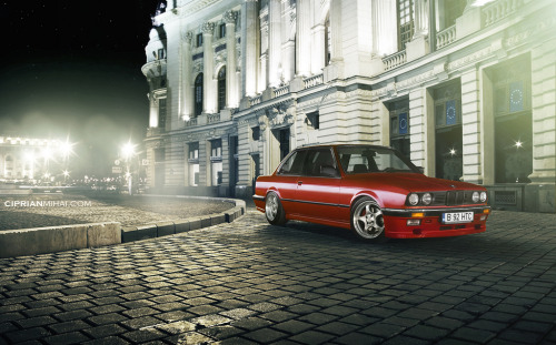 Anonymous drop Starring: BMW E30 (by CiprianMihai)