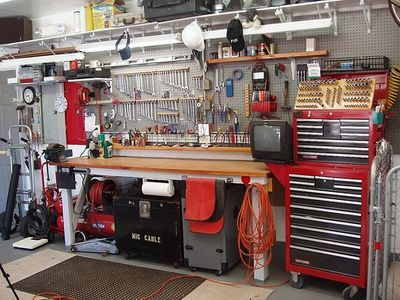Rug hooking tools equipment