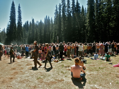 patchouli-peace:  p—sychedelia:  Washington Rainbow Gathering 2011