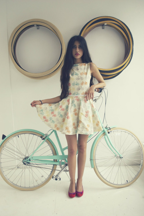 lookbookdotnu:  Ride in style (by Natasha K)