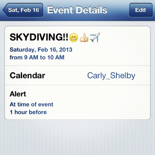 I'M GOING SKYDIVING ON MY BIRTHDAY!! 😁😁😁✈🎉 #soexcited #skydiving #birthdaypresent #18thbirthday #thanksmomanddad #cantwait #pumped #ready