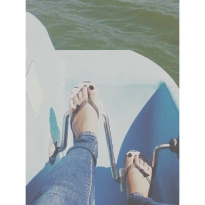 summer time fine chillin paddling boats and stuff❁