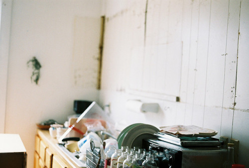 intuire:  mess of a kitchen by nataliecreates on Flickr.